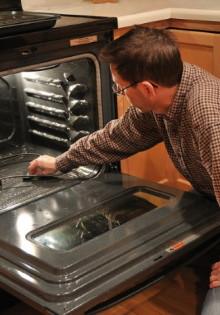 Какая система очистки духовки лучше каталитическая или гидролизная, плюсы и минусы каждого вида