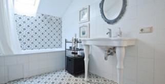 Опрос: что лучше, акриловая, стальная или чугунная ванна?