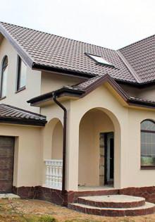Загородный дом: строить или покупать готовый