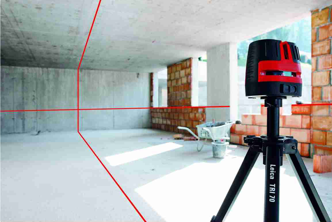 Как пользоваться лазерным уровнем при выполнении разных работ?