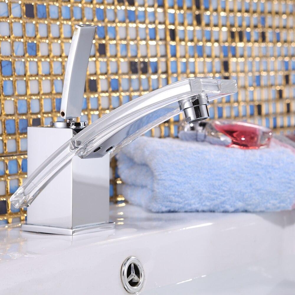 Выбор смесителя для раковины в ванной