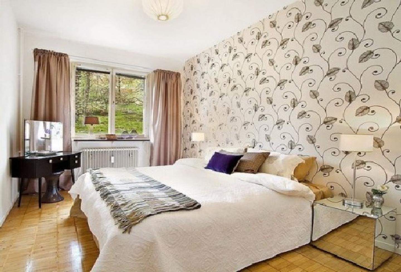 Обои для маленькой спальни (47 фото): какие выбрать обои, дизайн небольшой спальни с южной стороны, примеры в интерьере