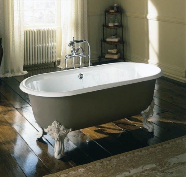 Какая ванна лучше: чугунная или акриловая? тонкости выбора.