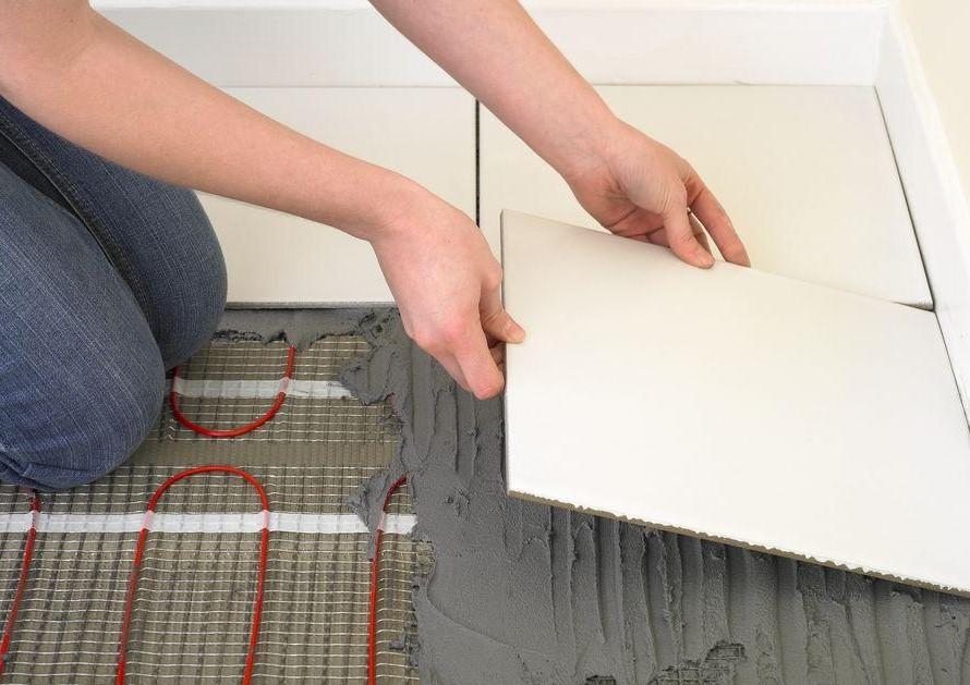 Чем керамическая плитка отличается от керамогранита?