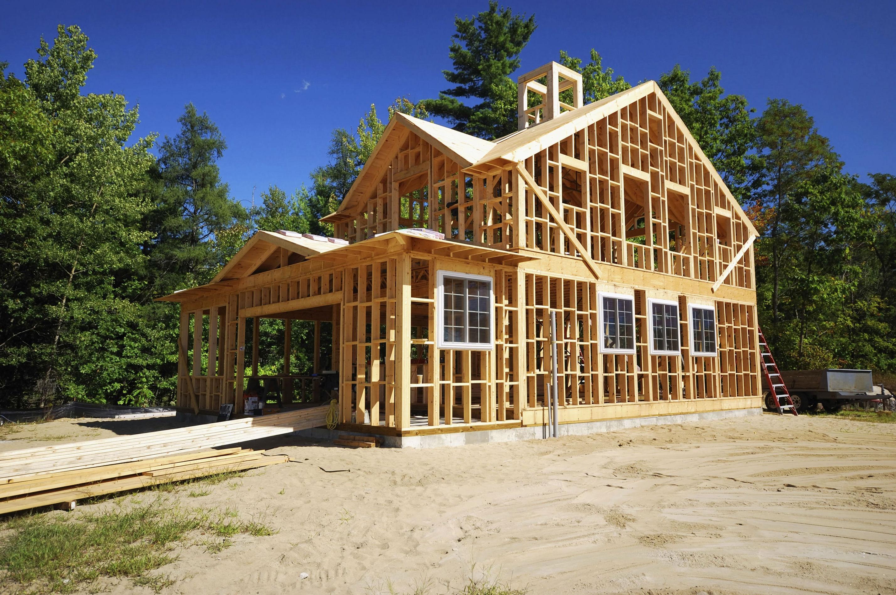 Какой дом построить дешевле в нынешних экономических условиях?