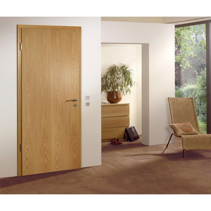Какой вид межкомнатных дверей лучше пвх или шпон