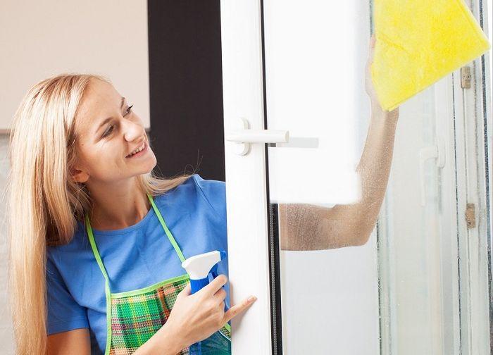 Как быстро мыть окна без разводов