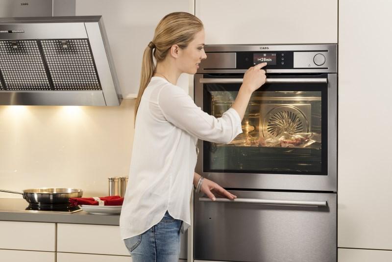 Как выбрать встраиваемый электрический духовой шкаф?