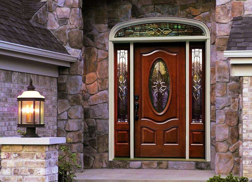 8 советов, как выбрать входную дверь в частный дом