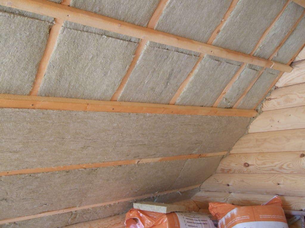 Выбираем утеплитель для крыши: от минваты до пеноплекса