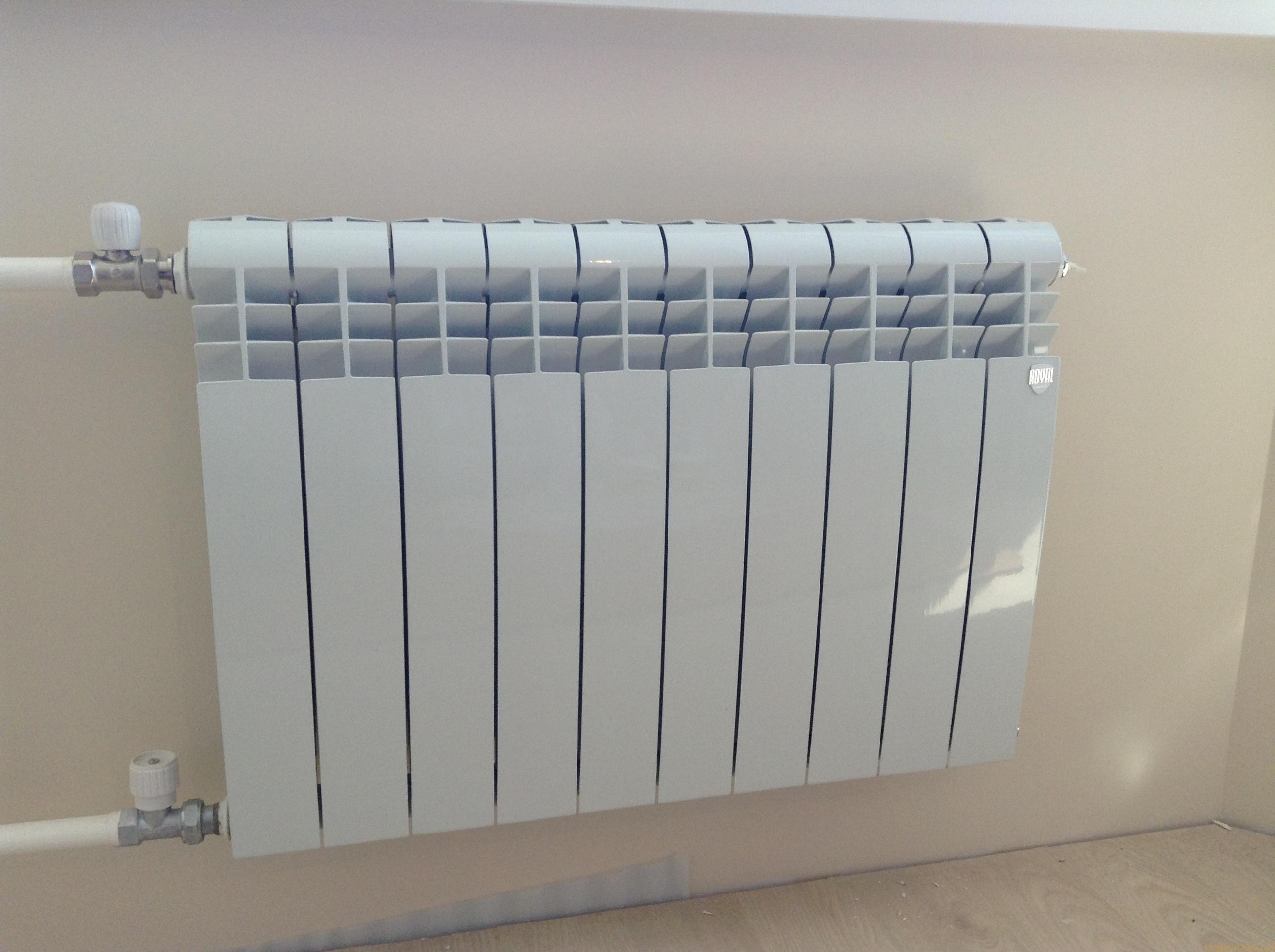 Биметаллические радиаторы отопления: какие лучше и надежнее, как выбрать лучшие для квартиры, выбор монолитных батарей