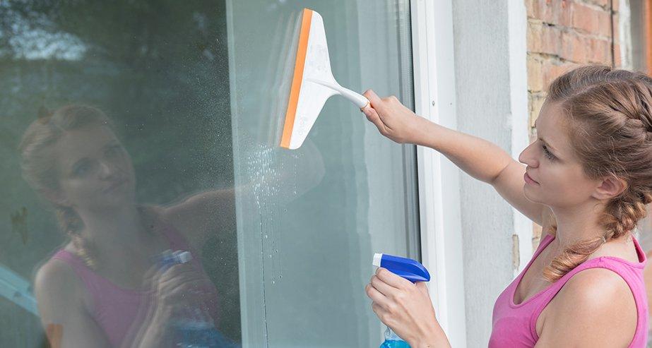 Как помыть окна, чтобы не осталось разводов