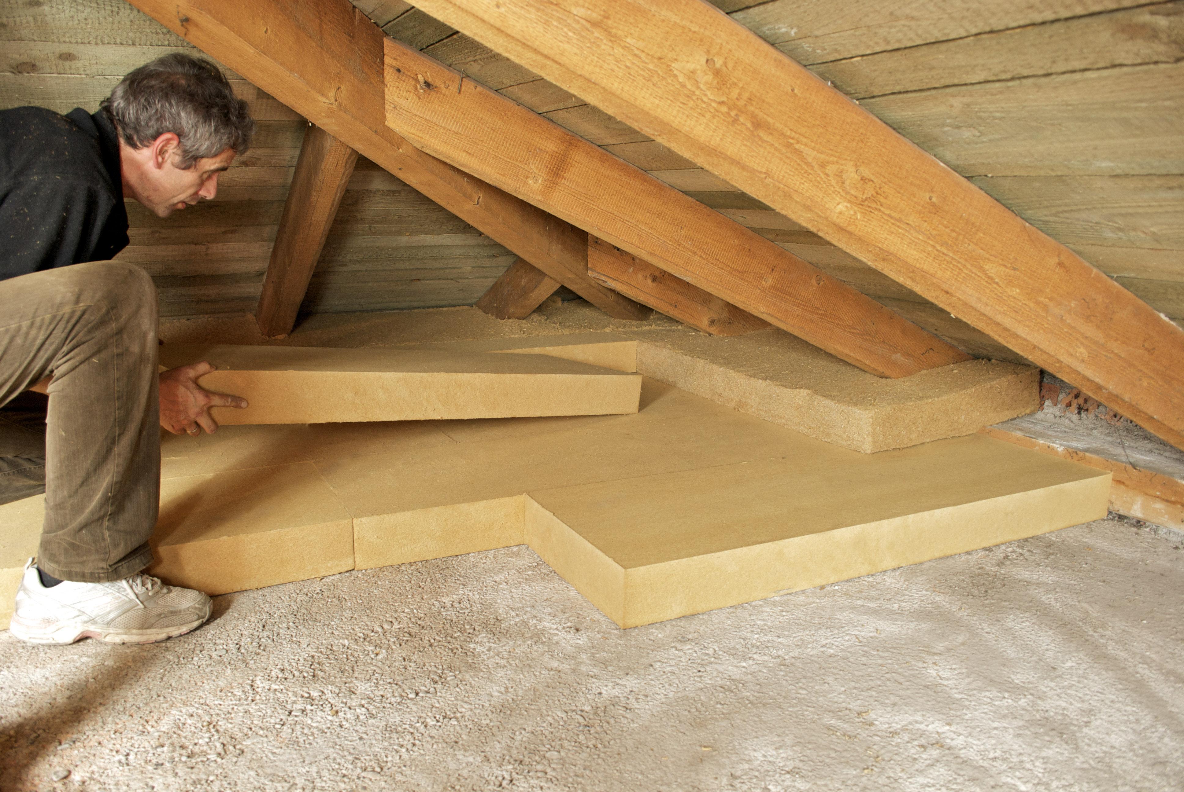 Правильно утепляем крышу дома своими руками, подробное руководство