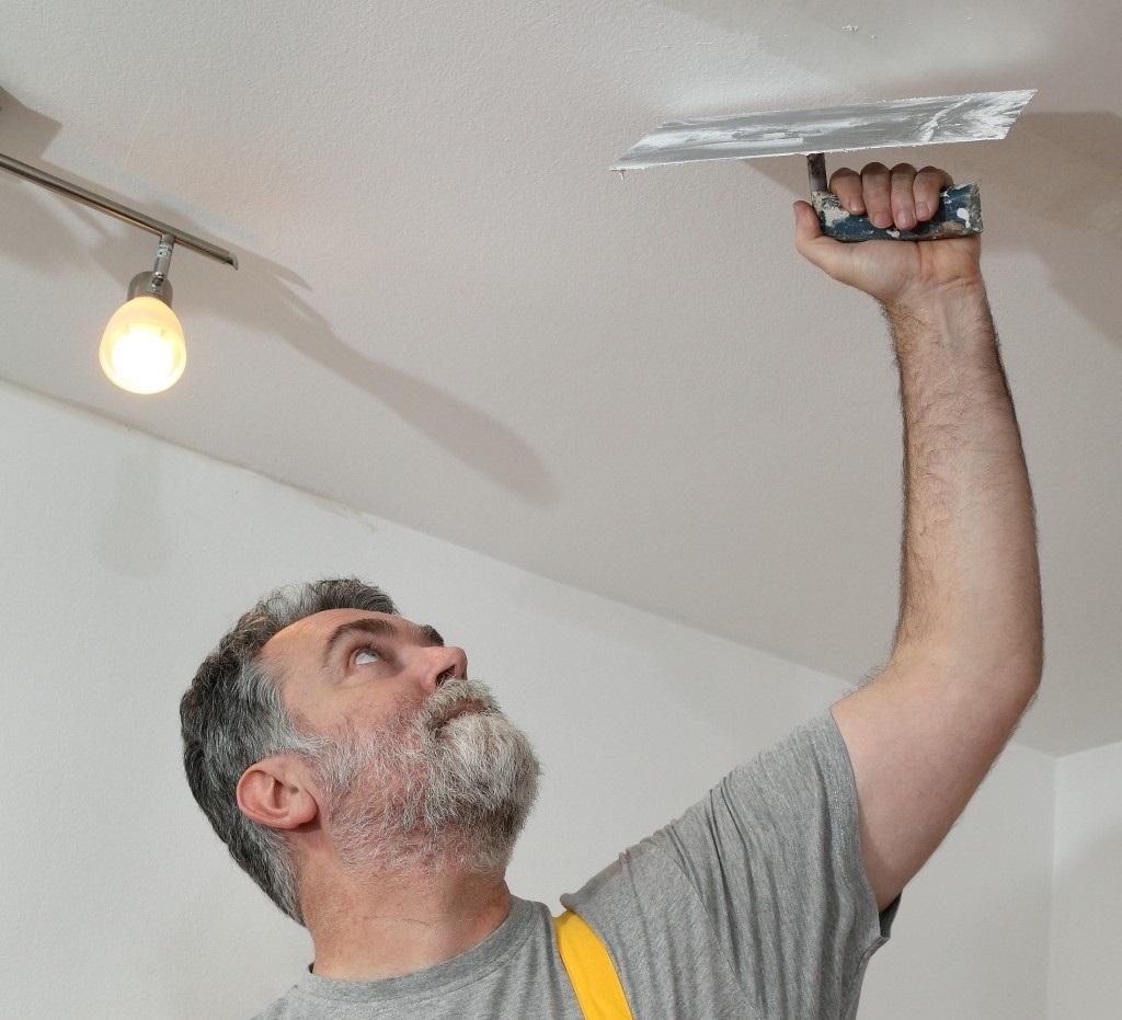 Как зашпаклевать потолок своими руками - пошаговые инструкции!