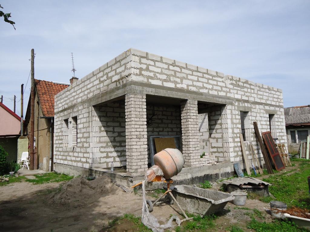 С чего начинается строительство дома?