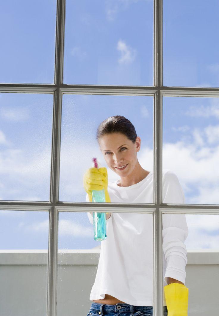 Помыть окна без разводов - всего пару движений, и чистота гарантирована… | советы хозяюшкам