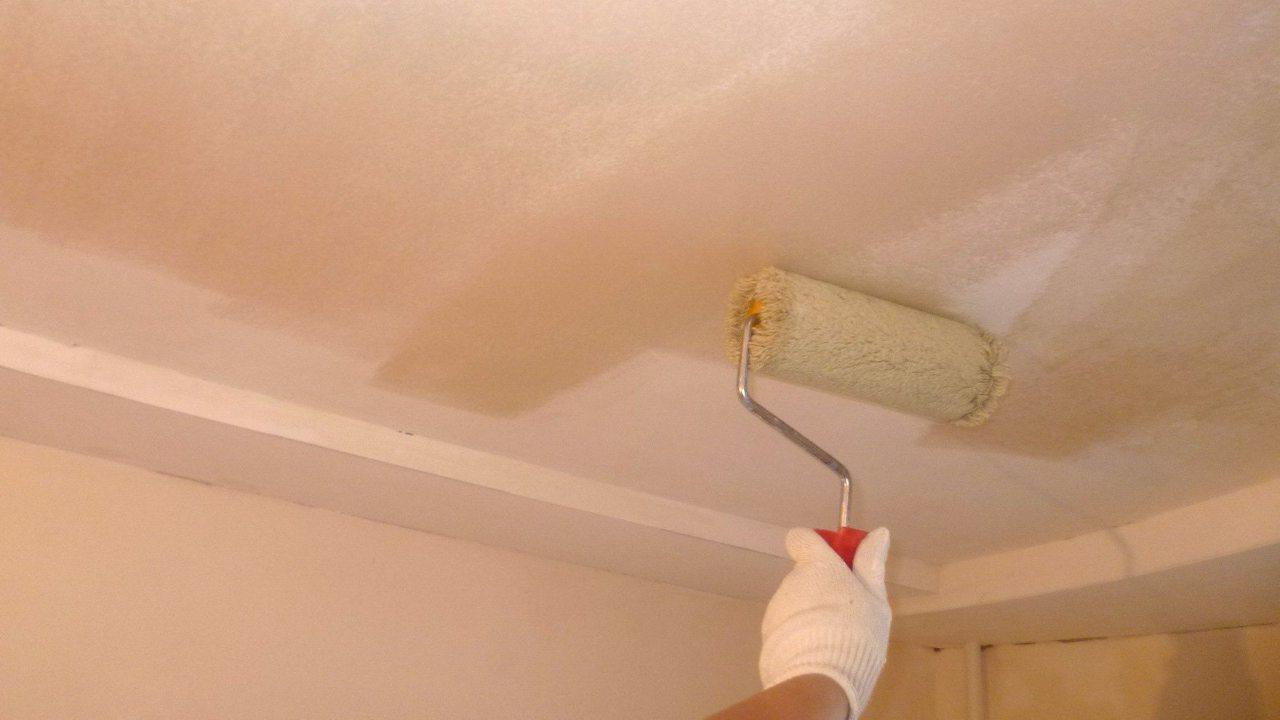 Как побелить потолок мелом: пошаговый инструктаж