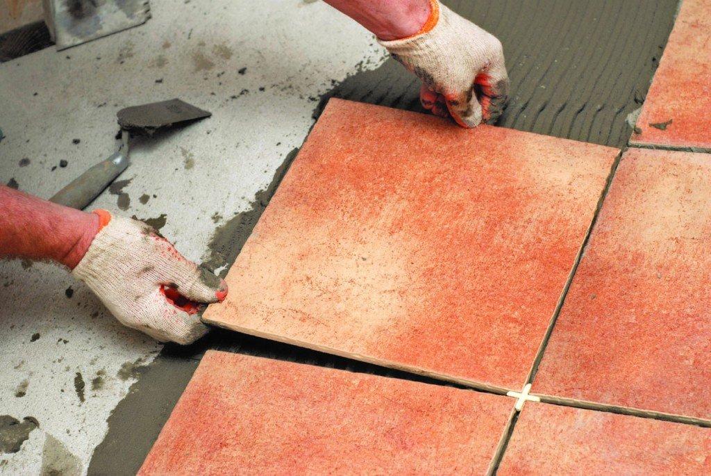 Чем отличается керамогранит от керамической плитки? | советы специалистов