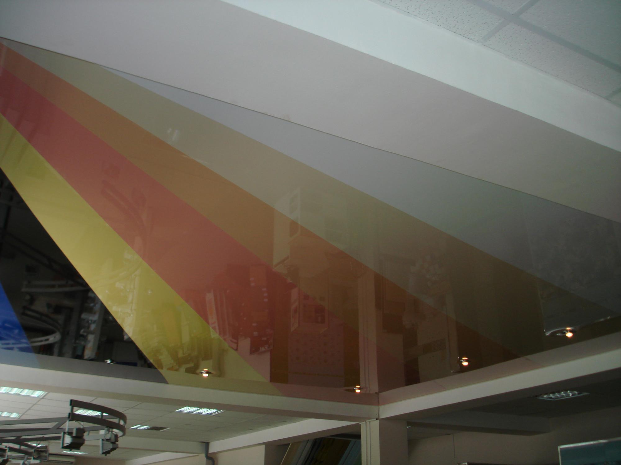 Как выбрать натяжной потолок + рейтинг лучших производителей