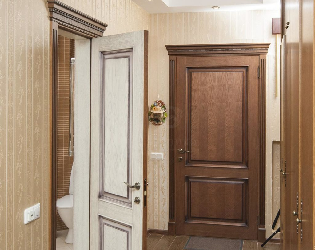 Какие межкомнатные двери лучше выбрать для квартиры: советы по подбору и установке