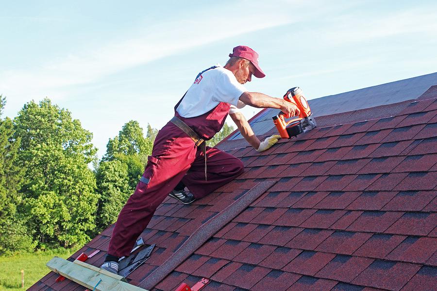 Чем покрыть крышу дома? чем лучше покрыть крышу дома?