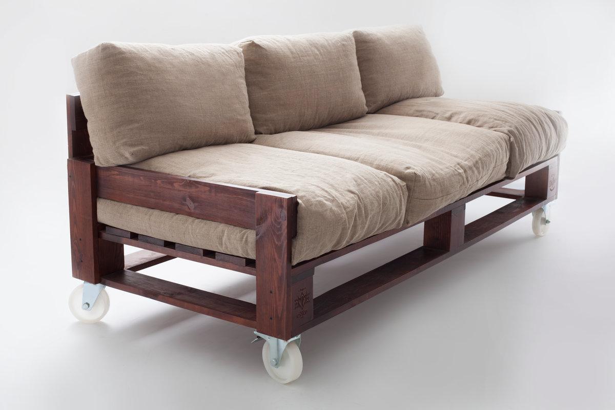 Подиум с выдвигающейся кроватью – как сделать своими руками