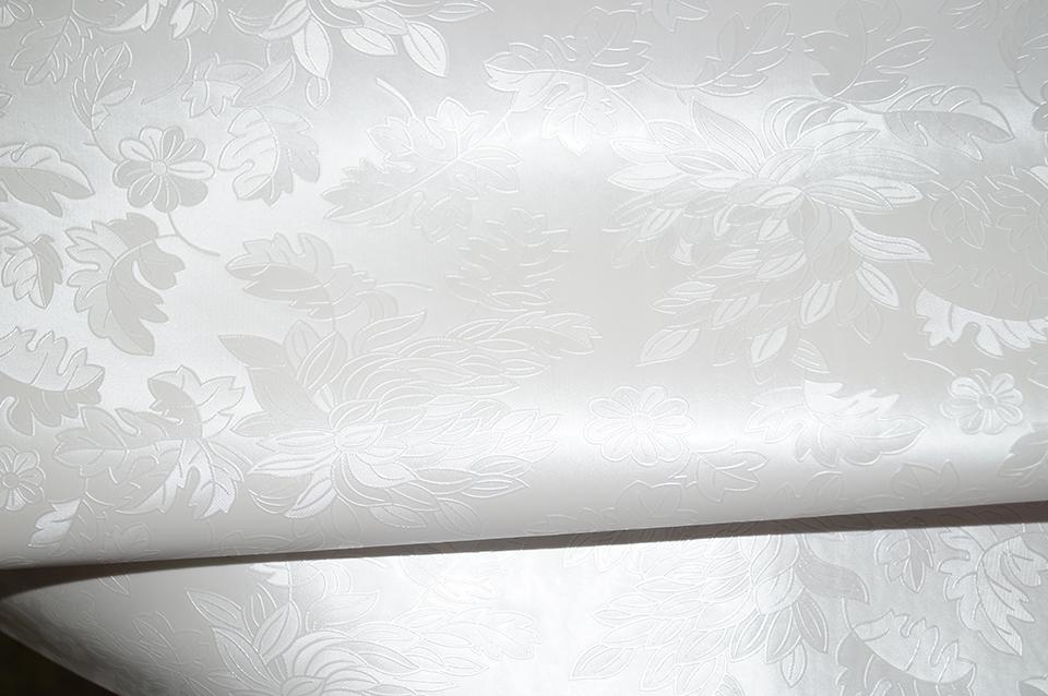 Как выбирать качество натяжных потолков. как выбрать натяжной потолок в зависимости от материала изготовления, фактуры и производителя. потолочная система «звездное небо»