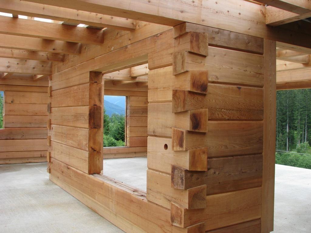 Полноценный анализ: какой брус лучше для дома и прочих построек