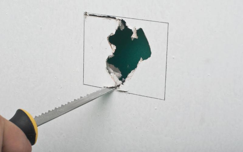 Как и чем правильно резать гипсокартон?