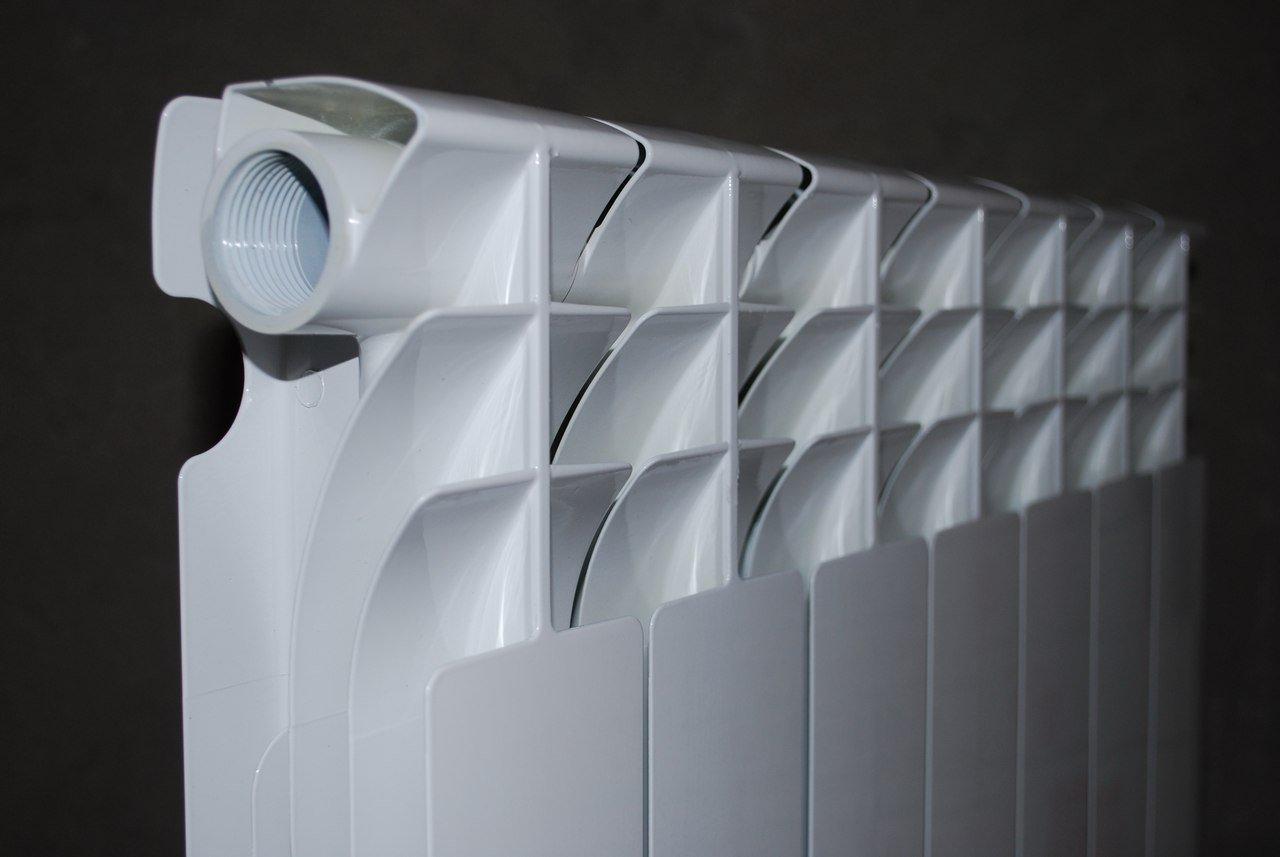 Какие радиаторы отопления выбрать: биметаллические или алюминиевые?