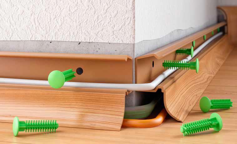 Установка плинтусов своими руками на пол — монтаж пластиковых и мдф
