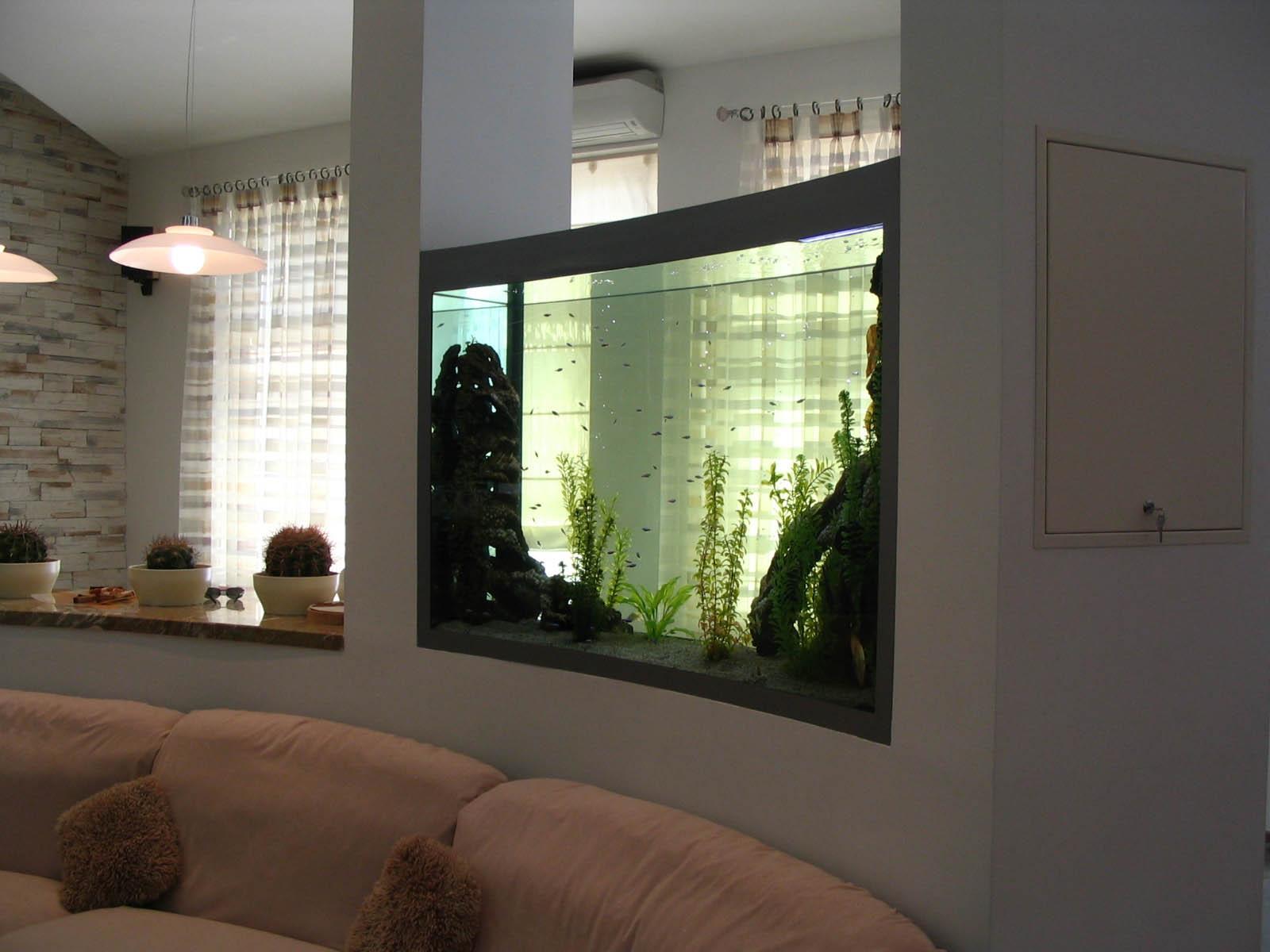 Аквариум в гостиной — 87 фото лучших способов красивого декора интерьера!