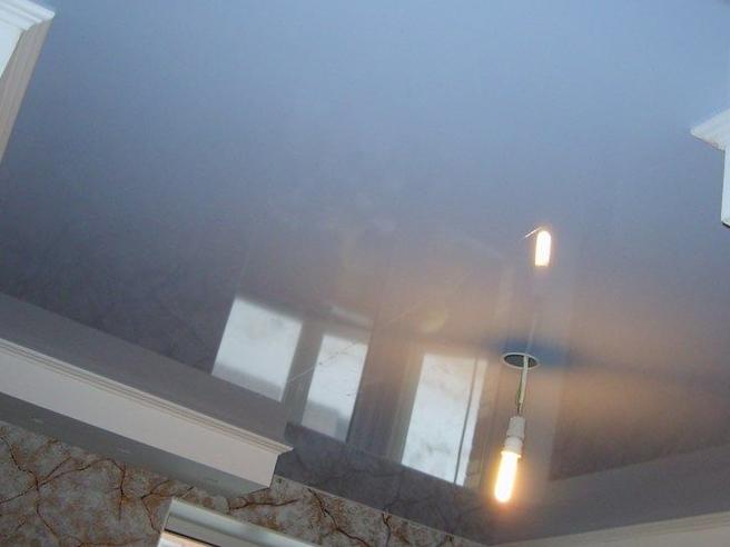 Вредны ли натяжные потолки? мнение врачей