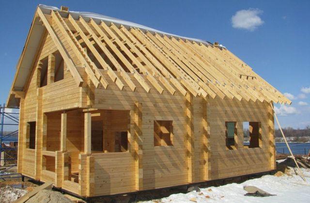 Какой деревянный дом лучше: выбираем идеальный строительный материал