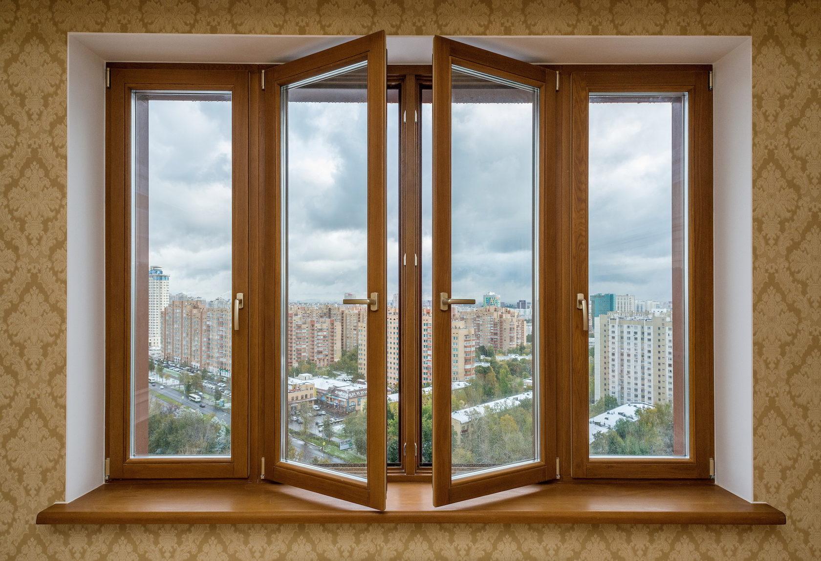 Какие окна выбрать для дома: деревянные или пластиковые