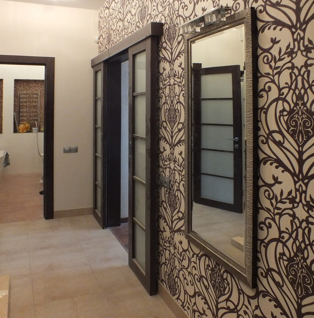 Обои в прихожую и коридор: фото интерьера, идеи для квартиры, какой цвет выбрать