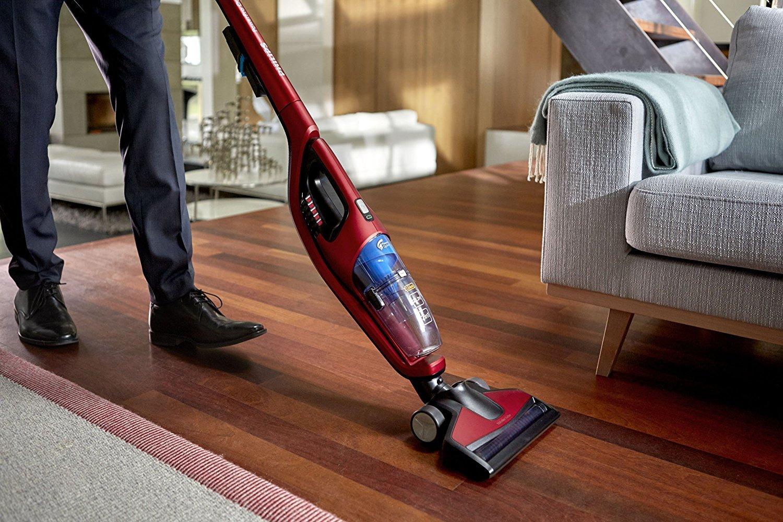 Чем отличаются моющие пылесосы от обычных? как выбрать подходящее изделие для квартиры или дома?
