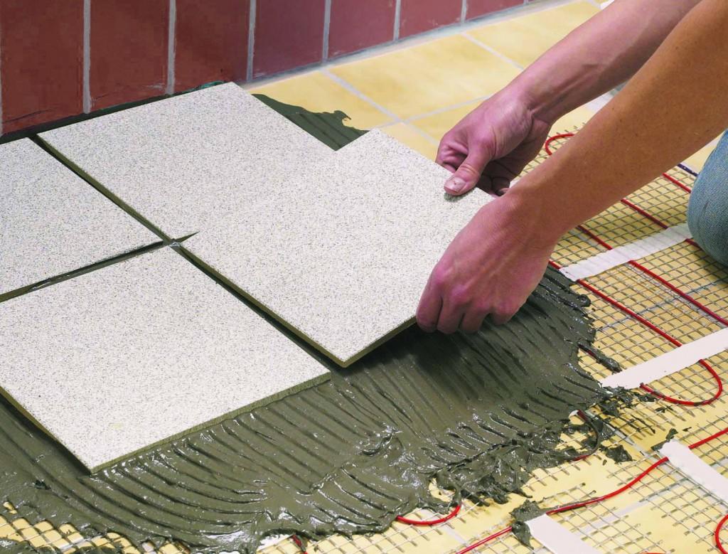 Отличие керамической плитки от керамогранита: чем отличаются и что лучше, велика ли разница по качеству, что выгоднее