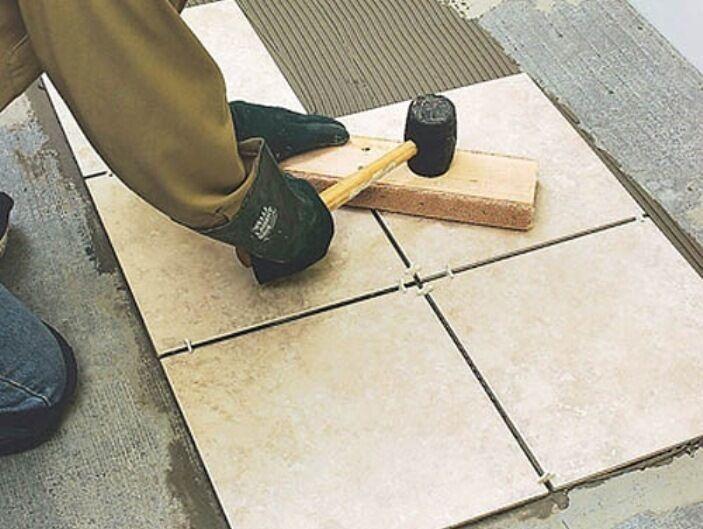 Чем отличается керамогранит от плитки?
