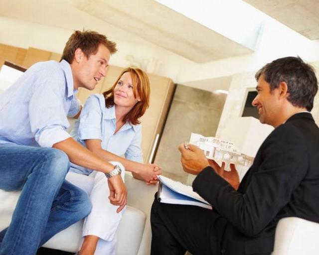 Процедура переуступки квартиры в новостройке - что это такое, как проходит сделка?