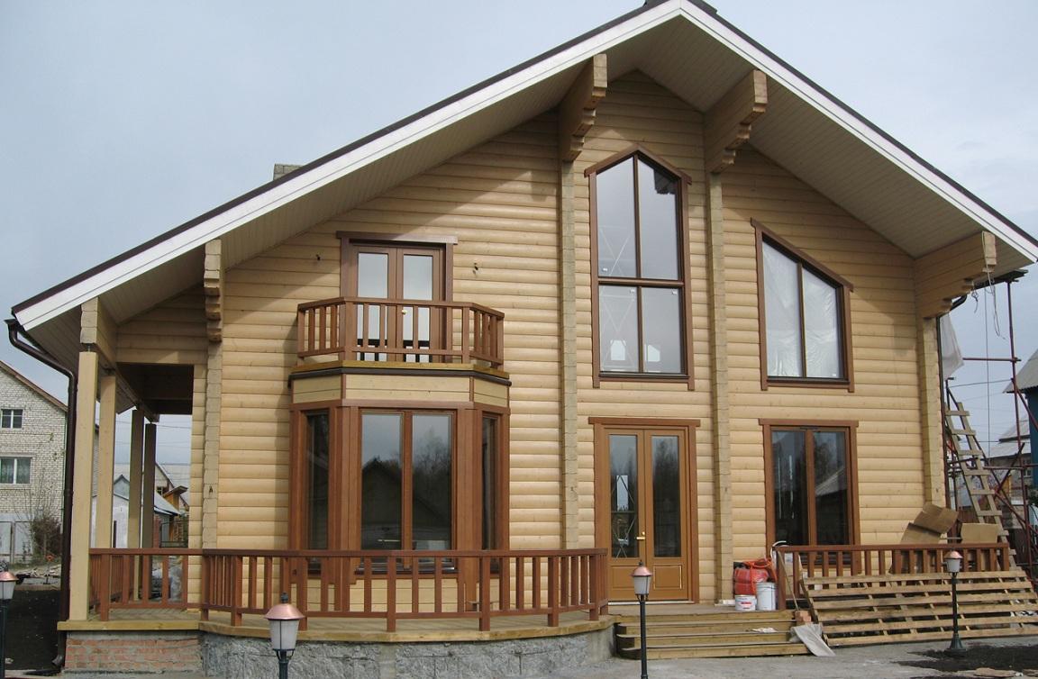 Чем покрасить деревянный дом снаружи и внутри?