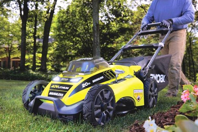 Как выбрать электрическую газонокосилку – готовимся к сезону
