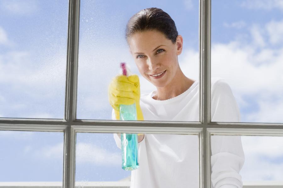 Чем мыть пластиковые окна в домашних условиях без разводов