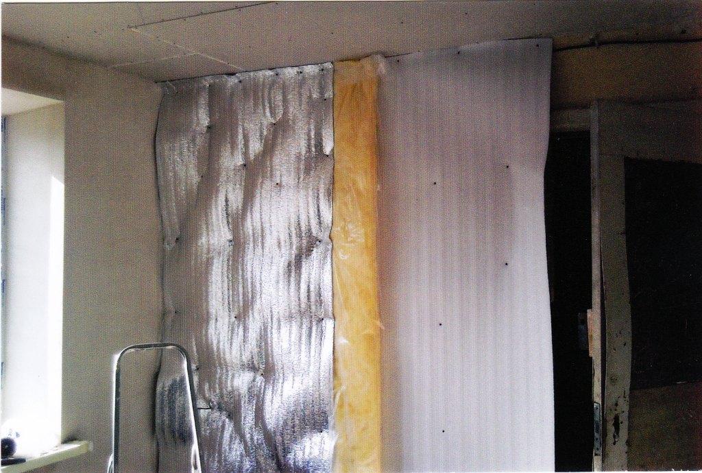 Как утеплить стены квартиры изнутри