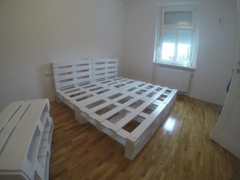 Кровать-подиум в интерьере: 80 фото-идей