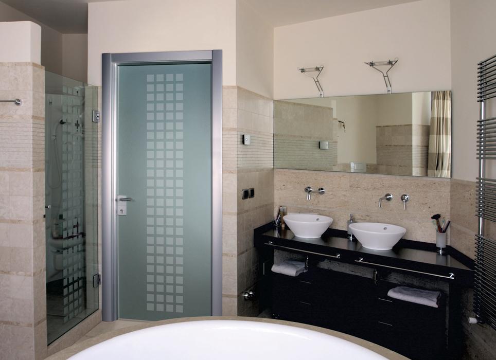 Какие двери лучше ставить в ванную комнату