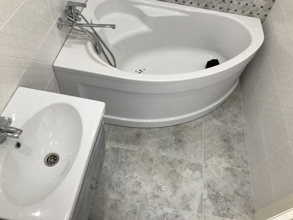 Отзывы о плюсах и минусах акриловых ванн