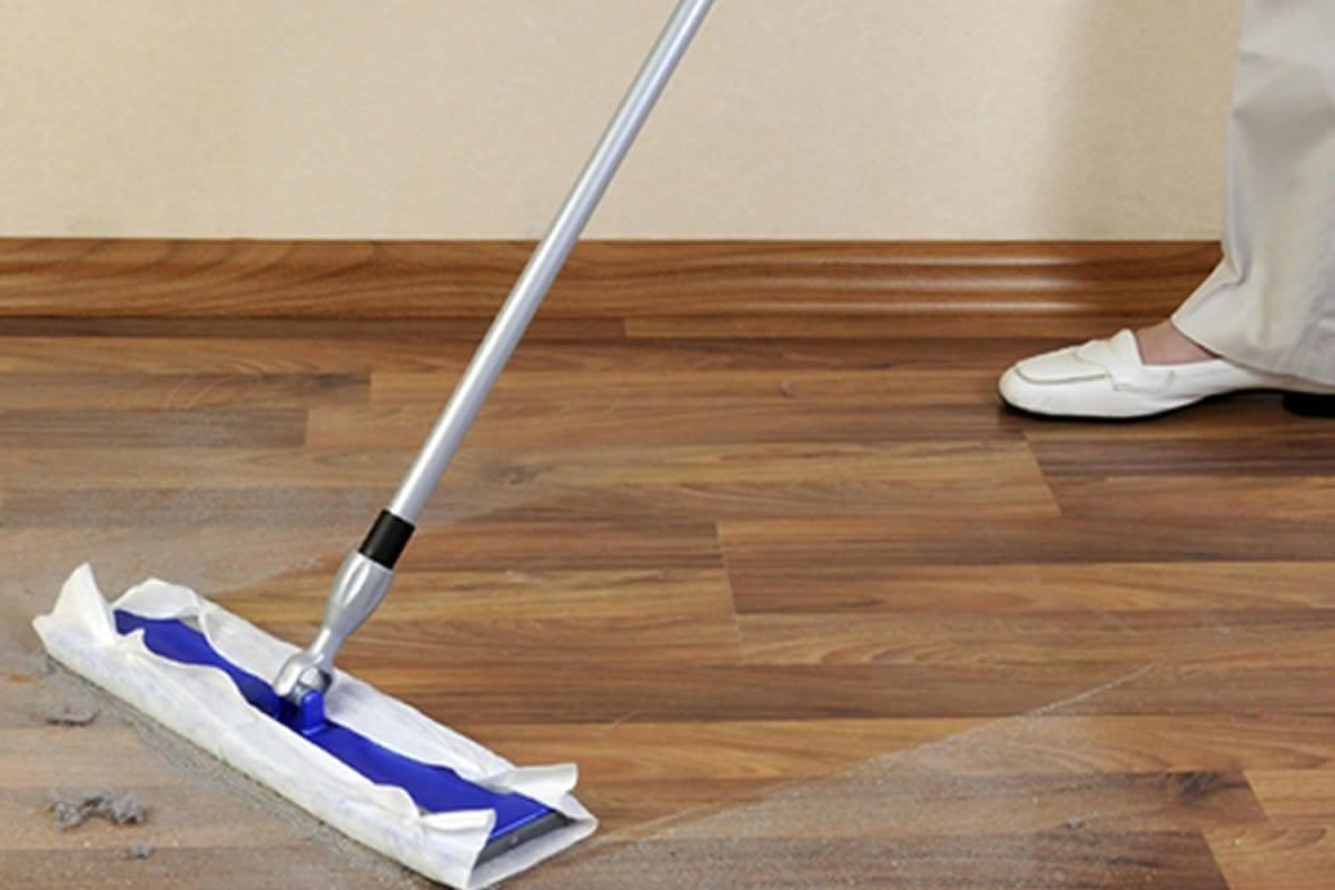 Советы по уходу за ламинатом в квартире, средства и виды уборки