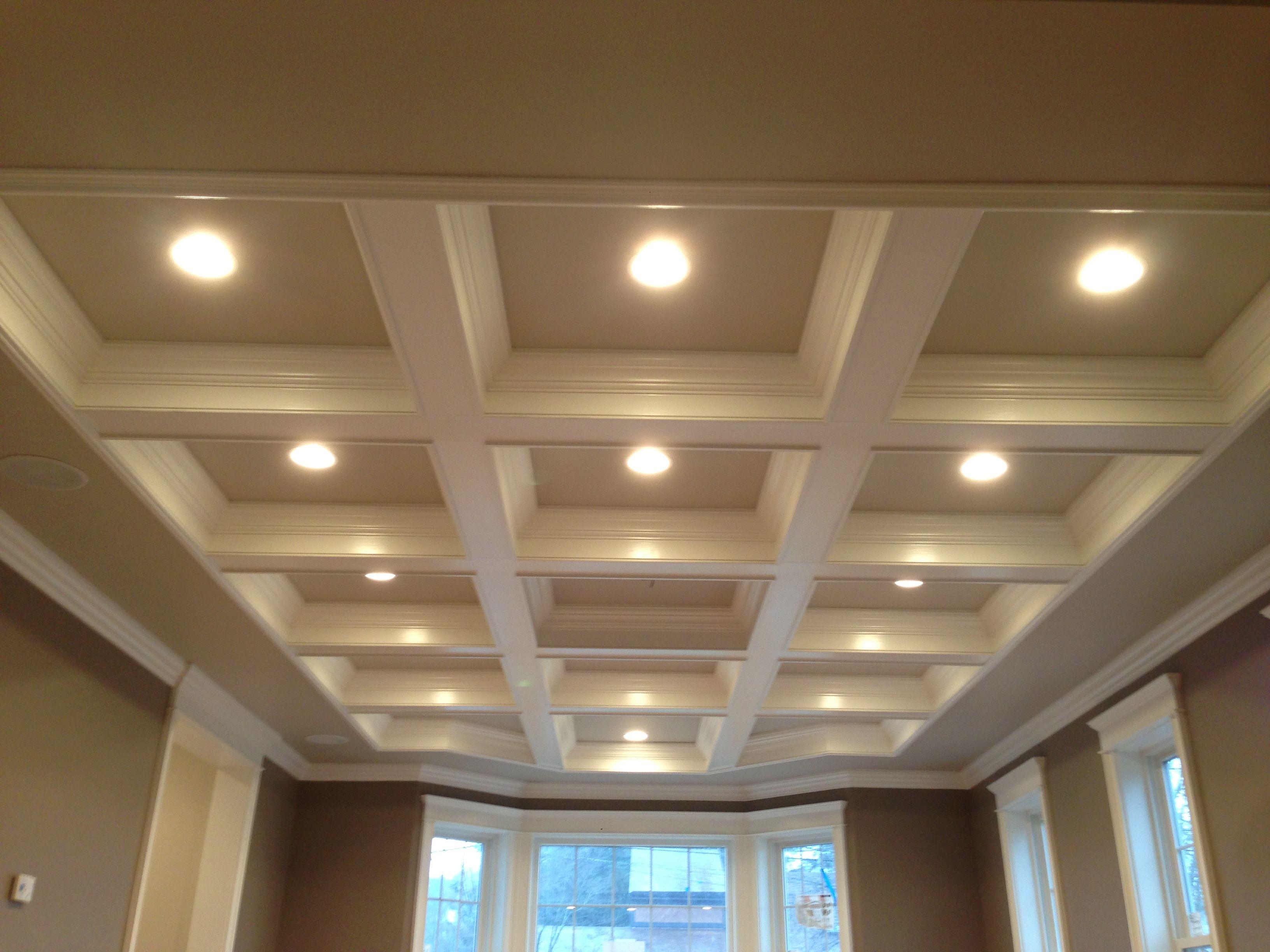 Потолок из гкл (46 фото): что это, подвесной двухуровневый с подсветкой, толщина и макеты двухуровневых конструкций