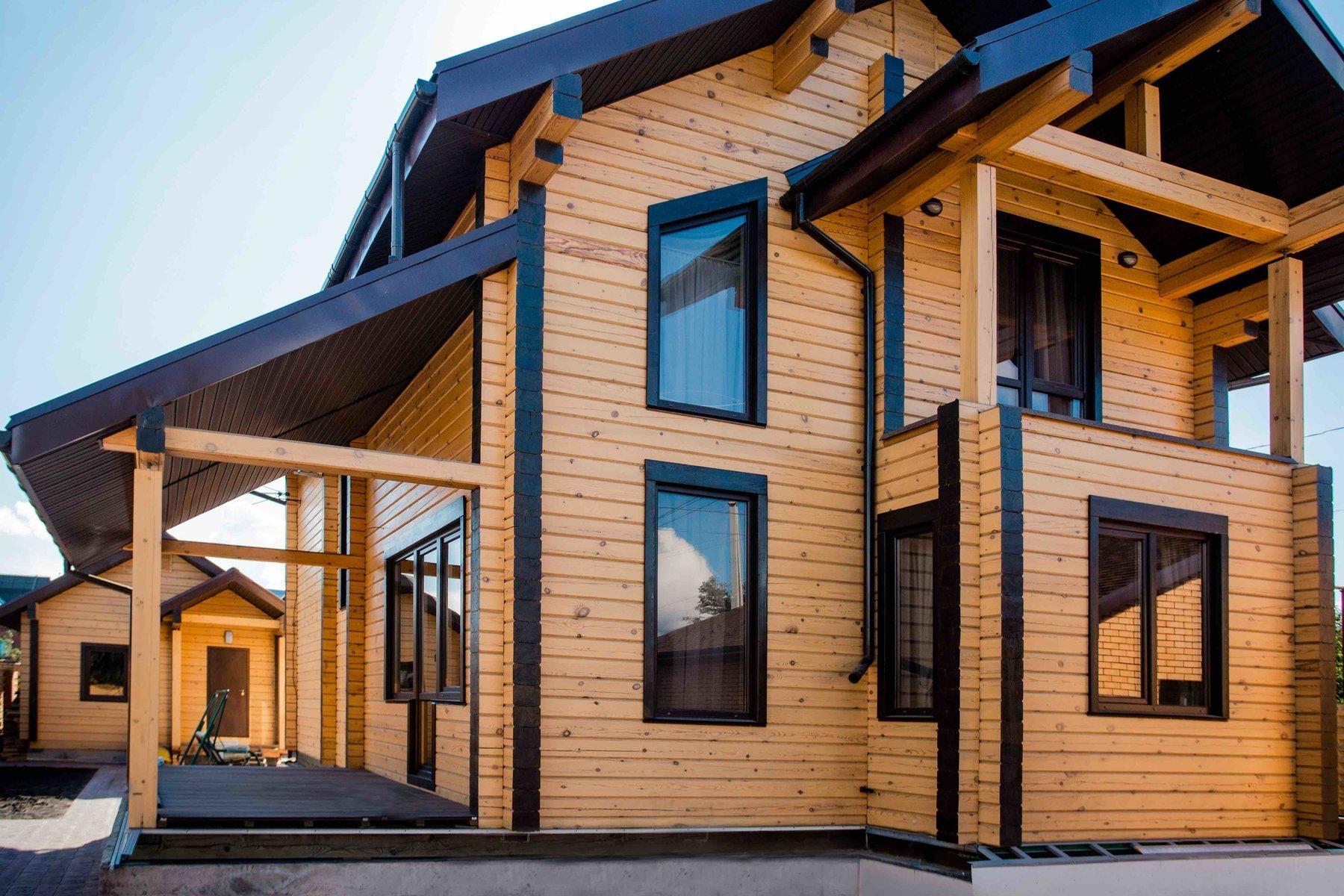 И дачу в придачу. чем покрасить деревянный дом снаружи